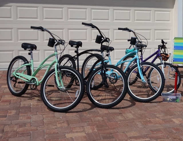 Bikes for our guests - Villa Happy Gator